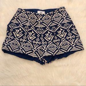 Dolce Vita Shorts Navy & White Tribal Size Small